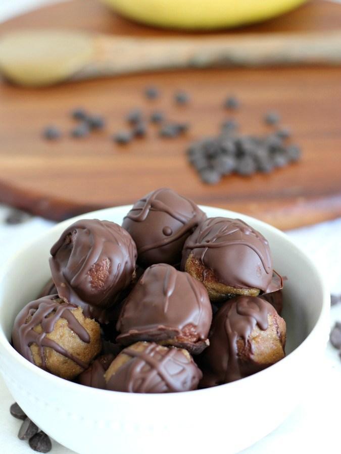chocolate-banana-sunflower-butter-truffles-4-1