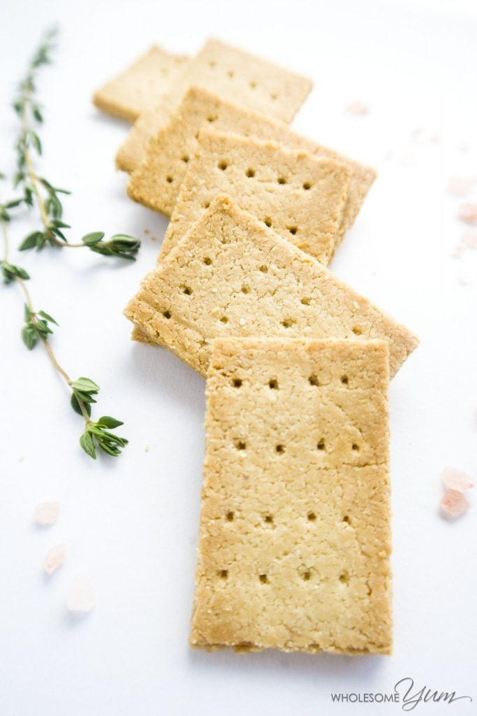 3-ingredient paleo crackers