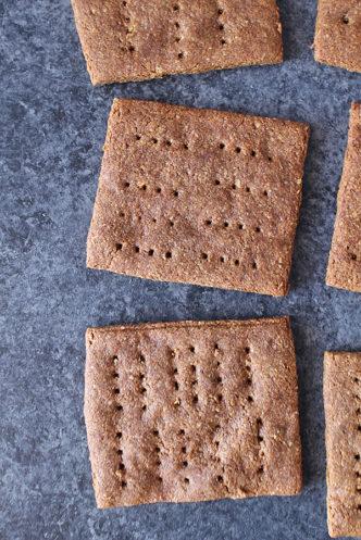 paleo-graham-crackers