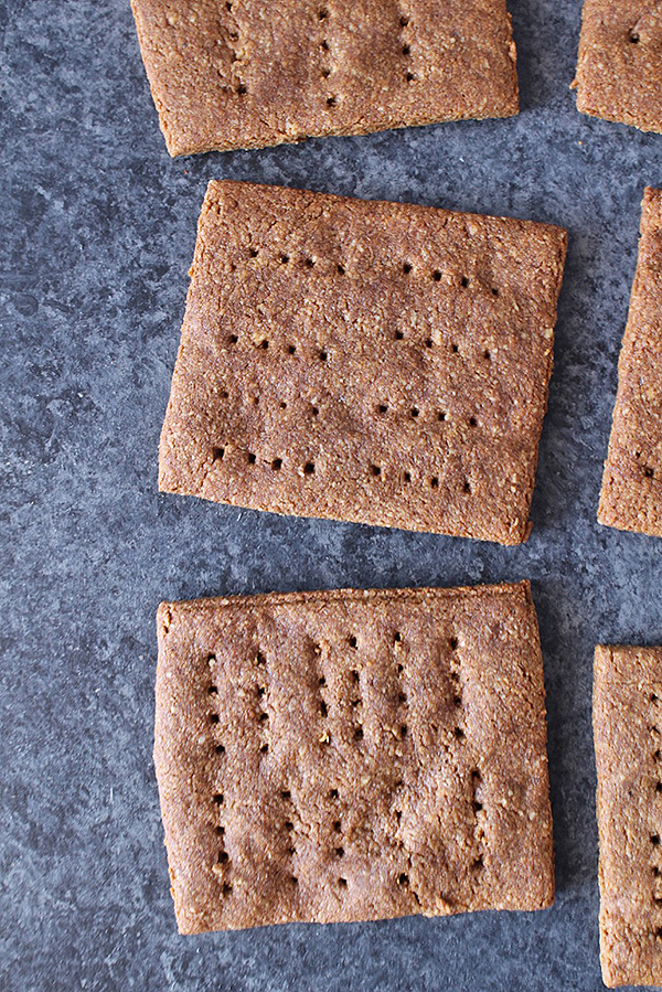 paleo-graham-crackers
