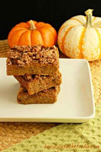 magical-paleo-pumpkin-crumble-bars