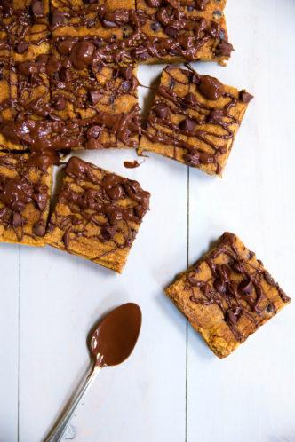 pumpkin-chocolate-chip-bars