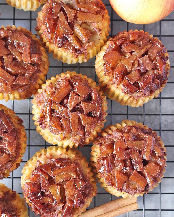 paleo-apple-cinnamon-upside-down-muffins